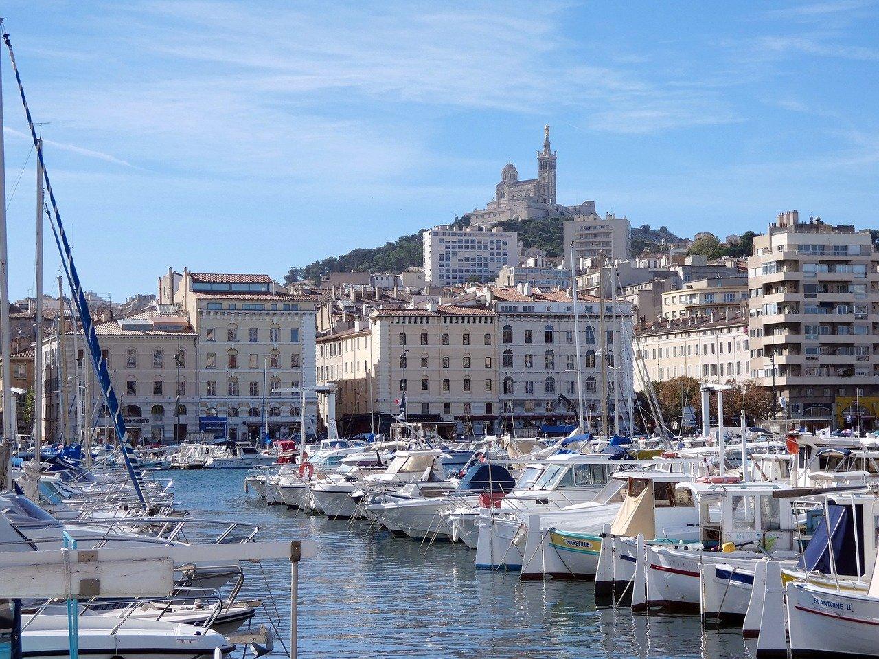 Vieux-Port Marseille et Basilique Notre Dame